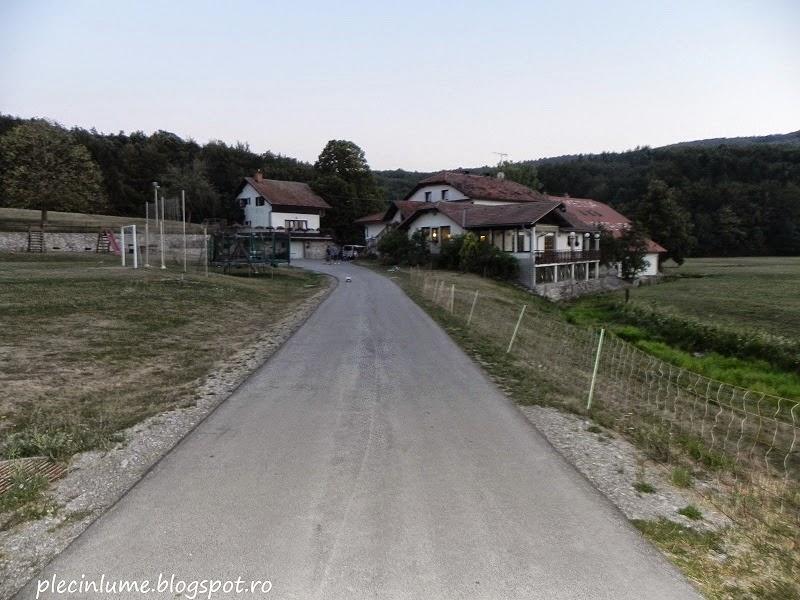Drumul spre ferma turistica Hudicevec