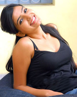 samantha in black top so cute