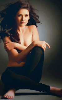 Karishma Tanna without clothes photos