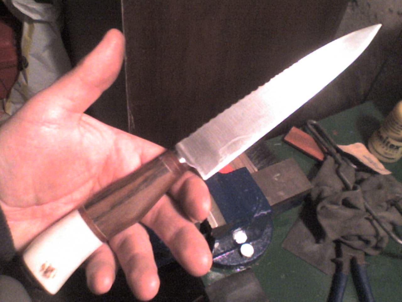 Cuchillos artesanales fena - Como hacer soporte para cuchillos ...