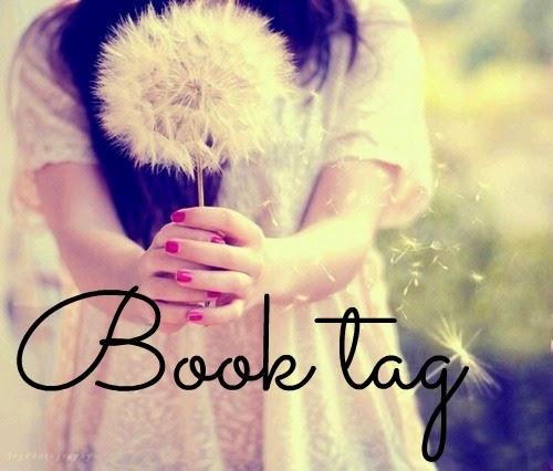 """Book tag: """"Sacrificio de libros."""