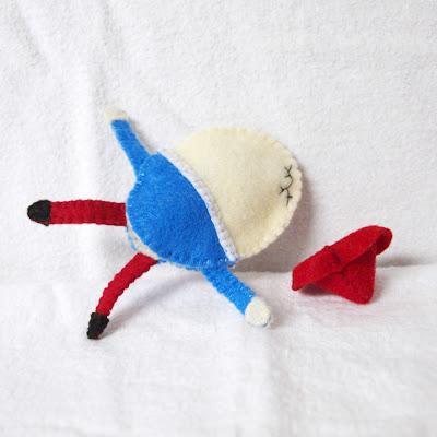 Humpty Dumpty felt finger puppet handmade by Joanne Rich.