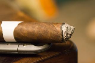 Blind Man's Puff Cigar Review Cubao No. 6 Second Third