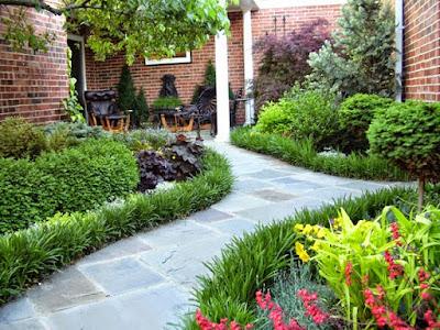 Sân vườn trước nhà: Trồng cây hợp phong thủy