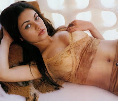 Mila Kunis Hot Sexy Wallpapers Pictures1