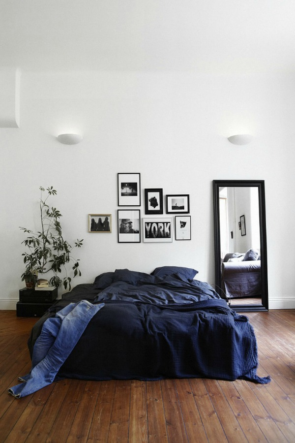 Blue and white bedroom from Fantastic Frank via European Beautiful