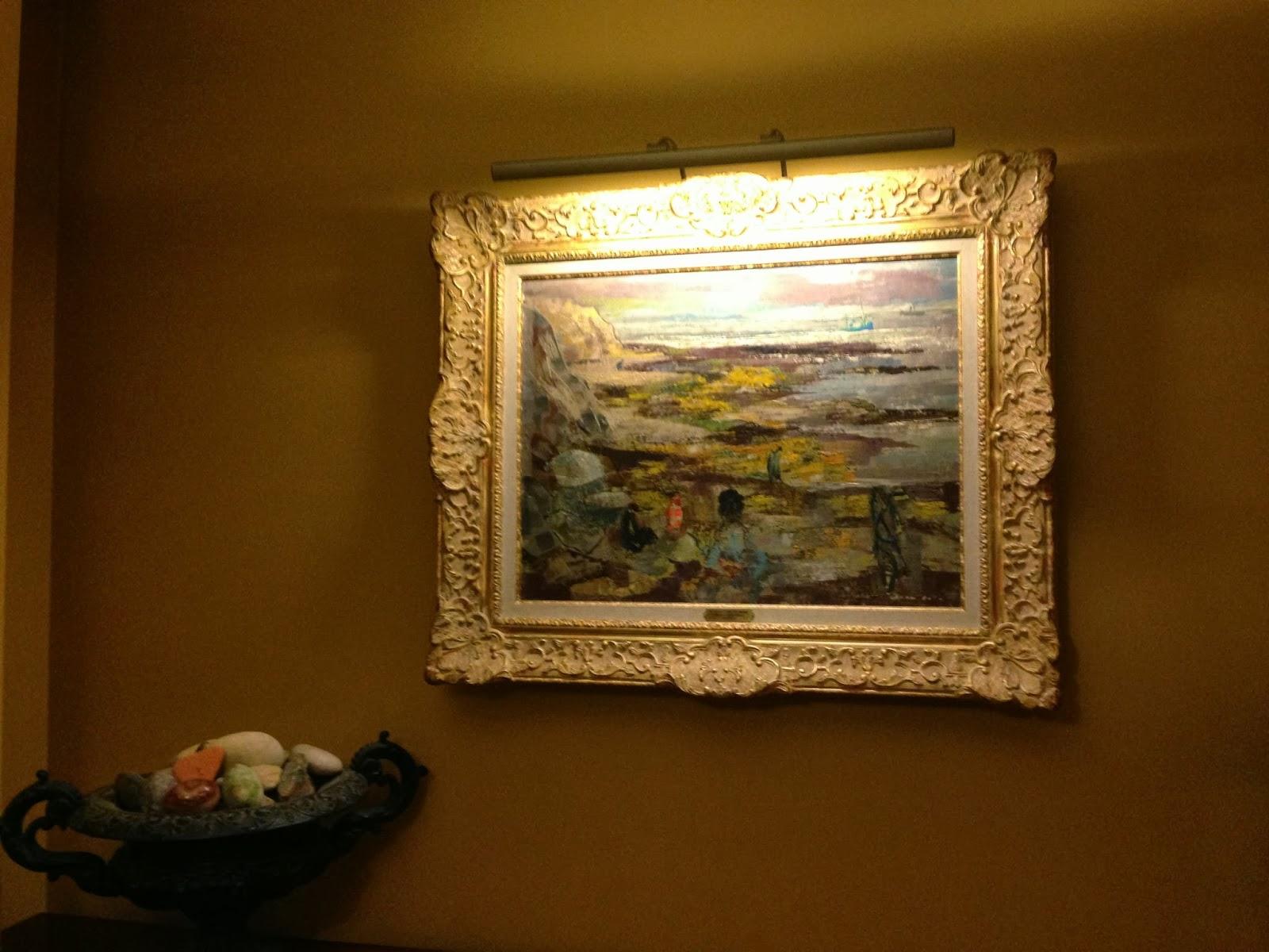 Como iluminar un cuadro el in genio de las l mparas - Como colgar un cuadro sin taladrar ...