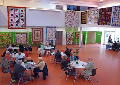 Cafeens gæster til patchworkudstilling i Horsens