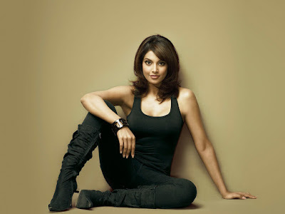 Bipasha Basu Players Movie Wallpaper