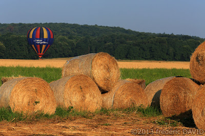 campagne atterrissage ballon montgolfière château Fontainebleau Seine et Marne Essonne