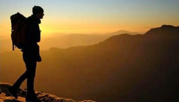 Gunung di Indonesia yang Menjadi Favorit Pendaki