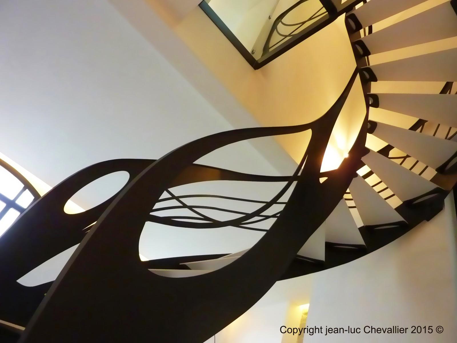 La stylique l escalier design d billard rencontre l art - Escalier debillarde ...