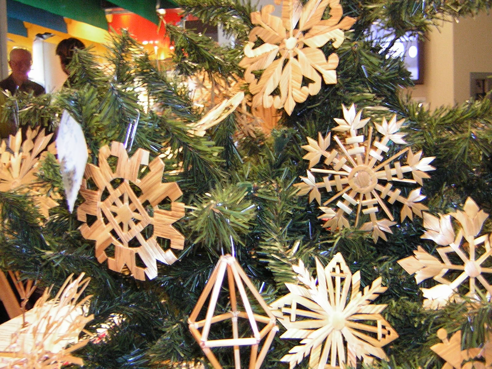 South australian lithuanian history straw decorations for Australia christmas decoration