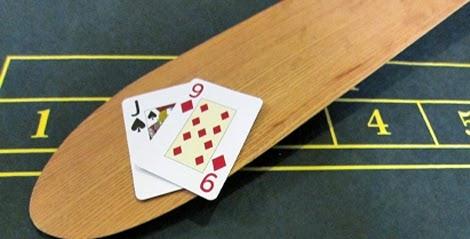 """Tìm hiểu những quy tắc """"đầu hàng"""" trong trò Blackjack - 214275"""