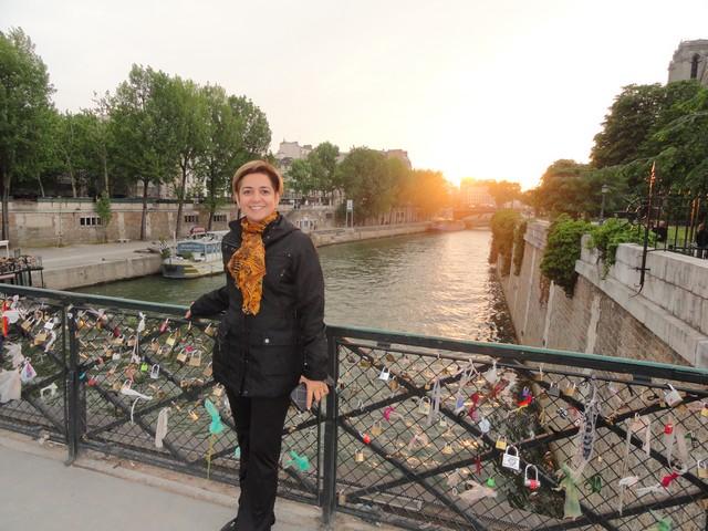 Pont dos cadeados Paris