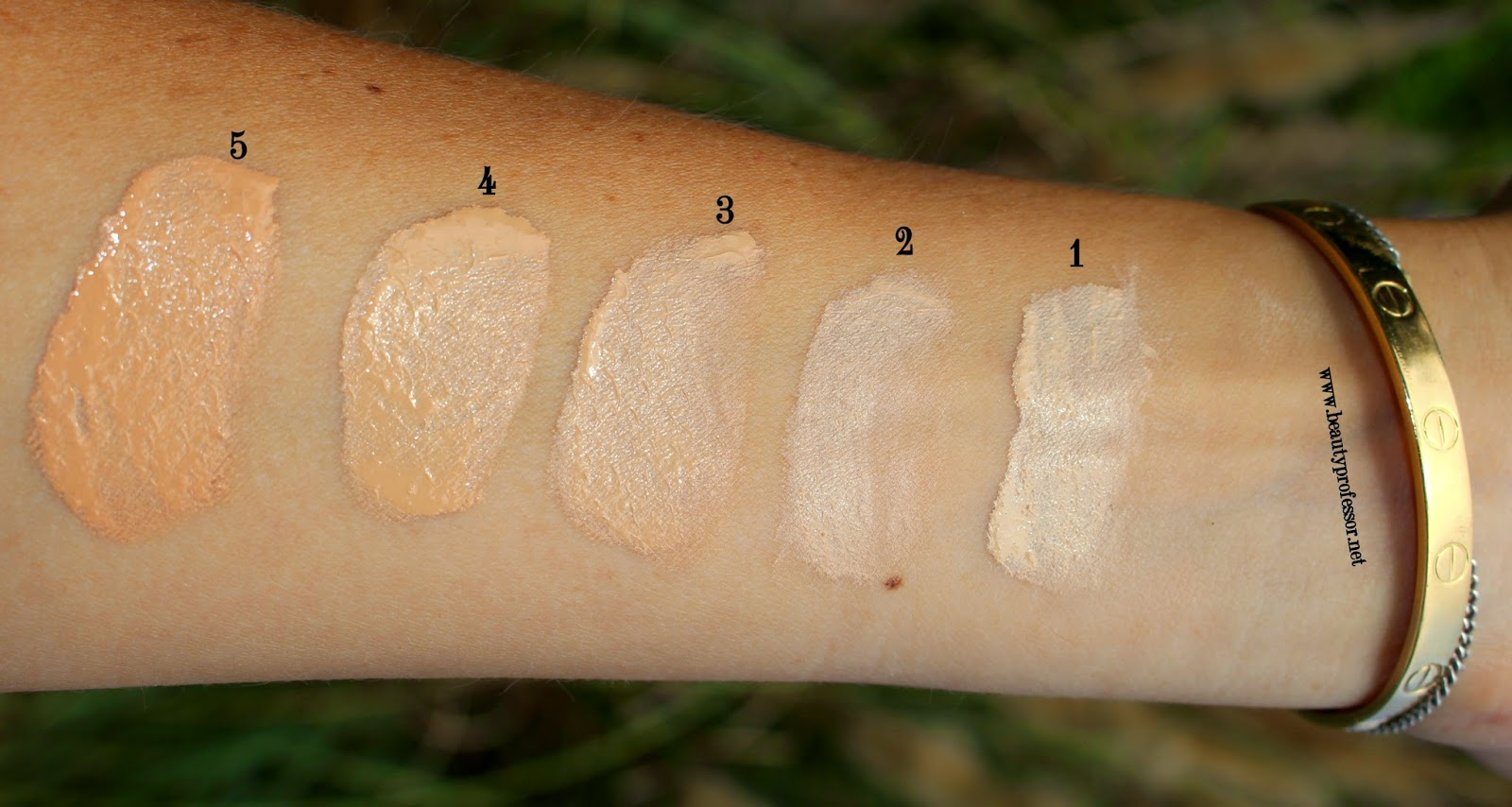 charlotte tilbury light wonder foundation swatches