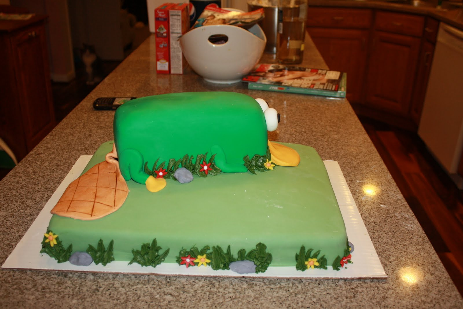 Katrina's Custom Cakes: Perry the Platypus