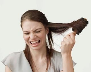 Tips Mudah mencegah rambut patah