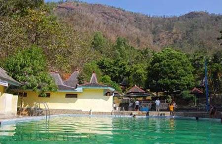 Wisata Pemandian Banyu Anget Pacitan 2