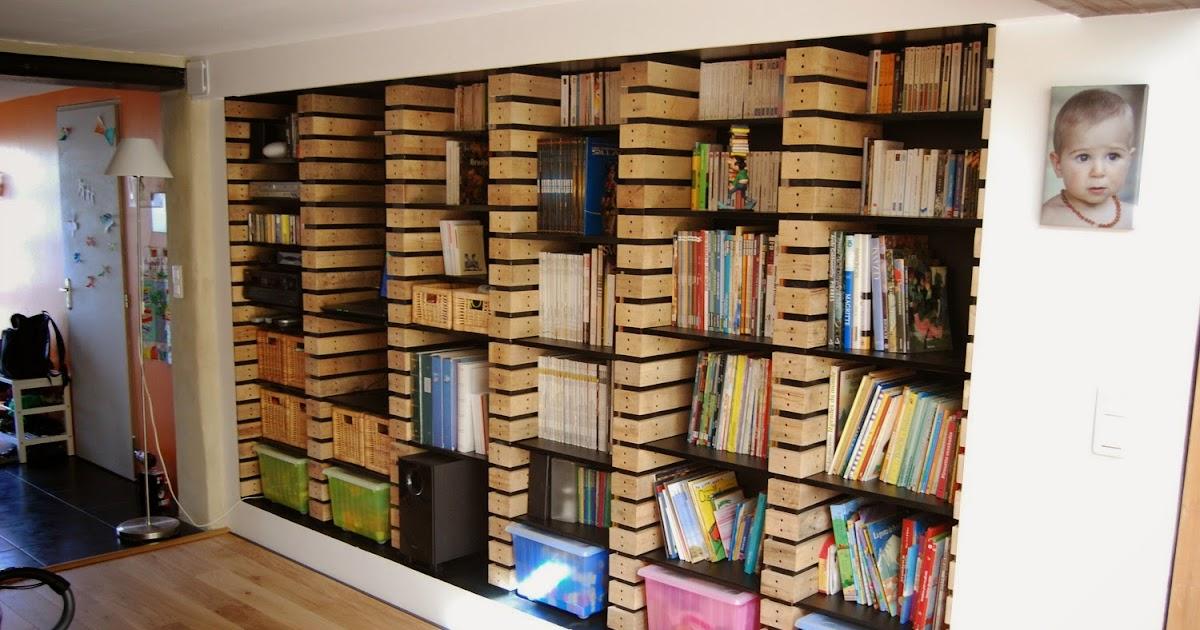 r novation de notre maison toulouse biblioth que en planche de palette. Black Bedroom Furniture Sets. Home Design Ideas