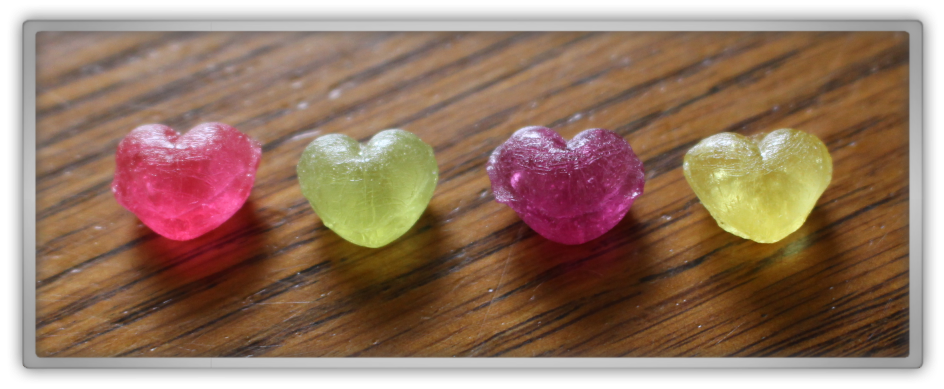 Candysan Japanese Candy Haul & Review Hello Kitty - Mini-candy heart shaped