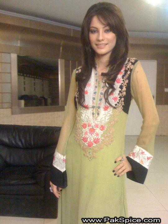 Pakistani hot girl - 5 6