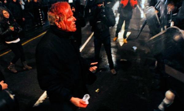 Dimisión en bloque del Gobierno búlgaro tras las protestas contra los recortes