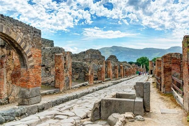 Pompeii ve Herkulaneum İtalya