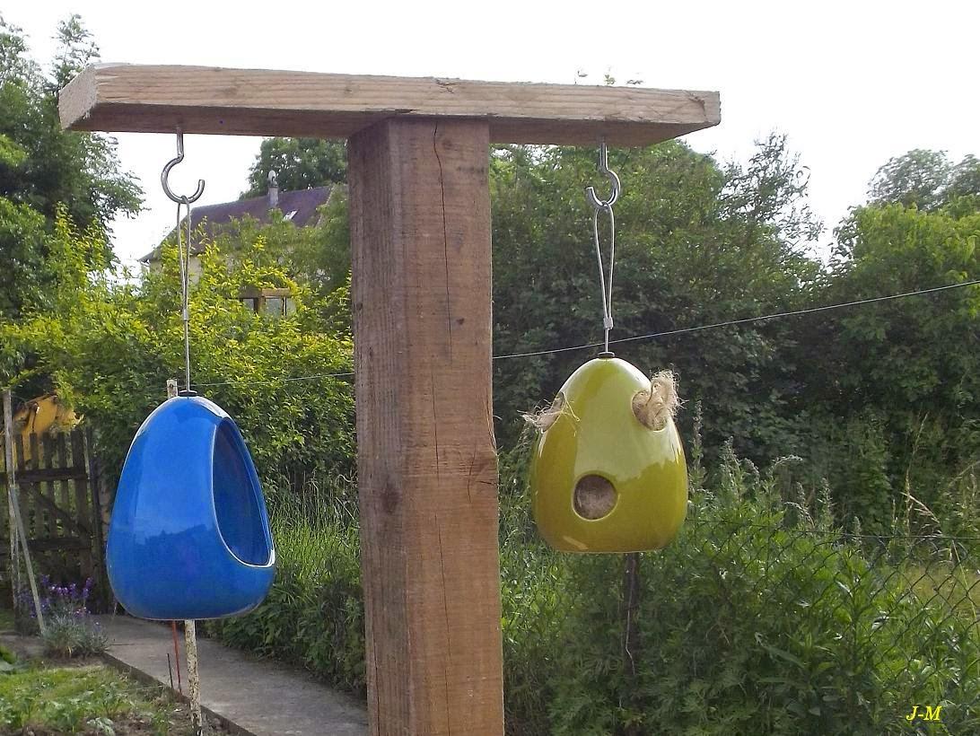 Mon jardin en moselle zomme m 39 a fait un poteau - Poteau electrique dans mon jardin ...