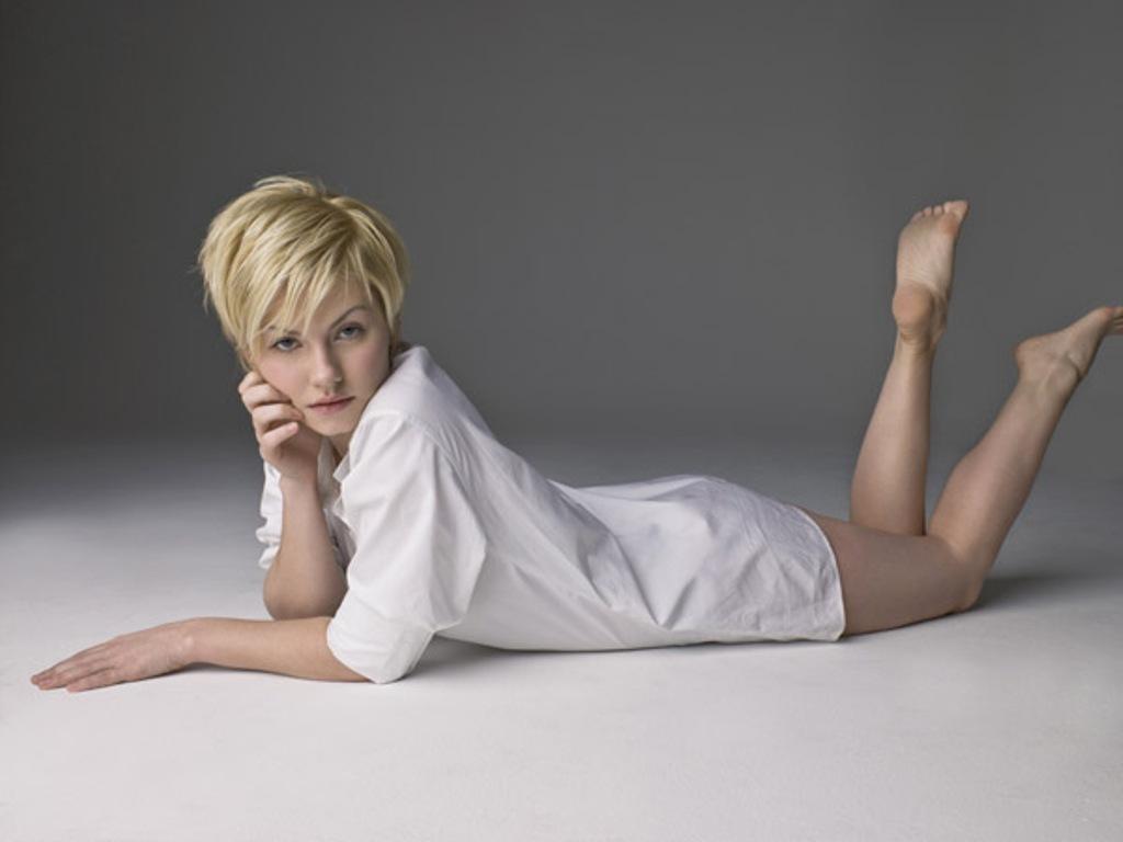 http://2.bp.blogspot.com/-NrxrrPZM6aI/T-IJwN4sAOI/AAAAAAAAAvo/w2FFxeTGjMg/s1600/Elisha+Cuthbert.jpg