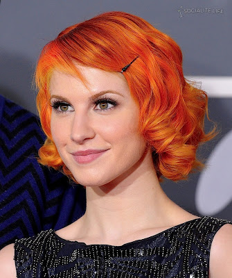 hayley williams hair 2011. hayley williams 2011 hair. hayley williams hair 2011. hayley williams hair