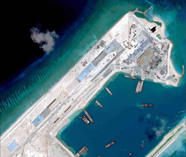 Enquanto promove vídeos expansionistas avança apressadamente na construção de ilhas artificiais de uso militar em águas disputadas.