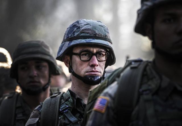 Đặc vụ Snowden, Snowden