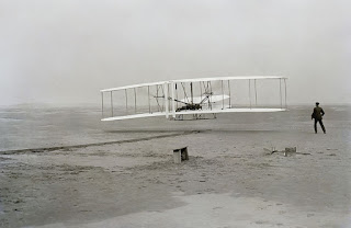Wright brothers first flight A que se debe que la mayoria de las publicaciones son falsas?
