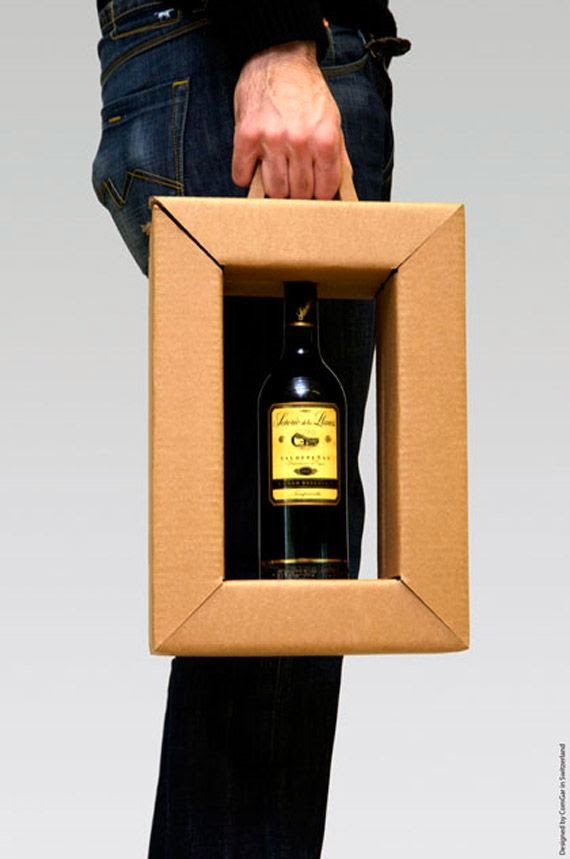 bottiglia trasporto delicata vino vetro cornice packaging confezionamento design cartone