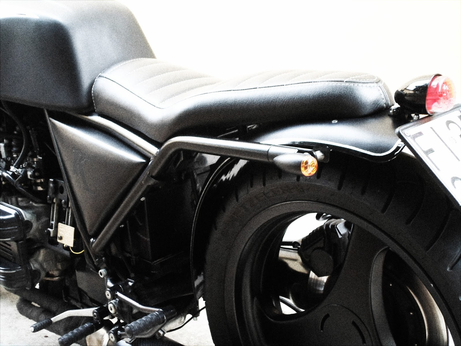 Cafe BMW K100 Bobber