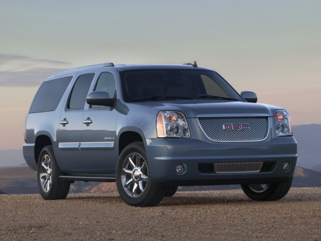 Gmc Yukon 1500. The mammoth 2011 GMC Yukon XL