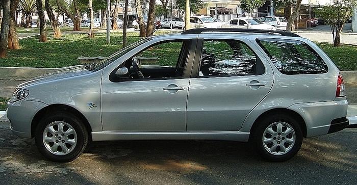 Fiat Palio Weekend ELX 1.4 Flex 2007 prata - lateral