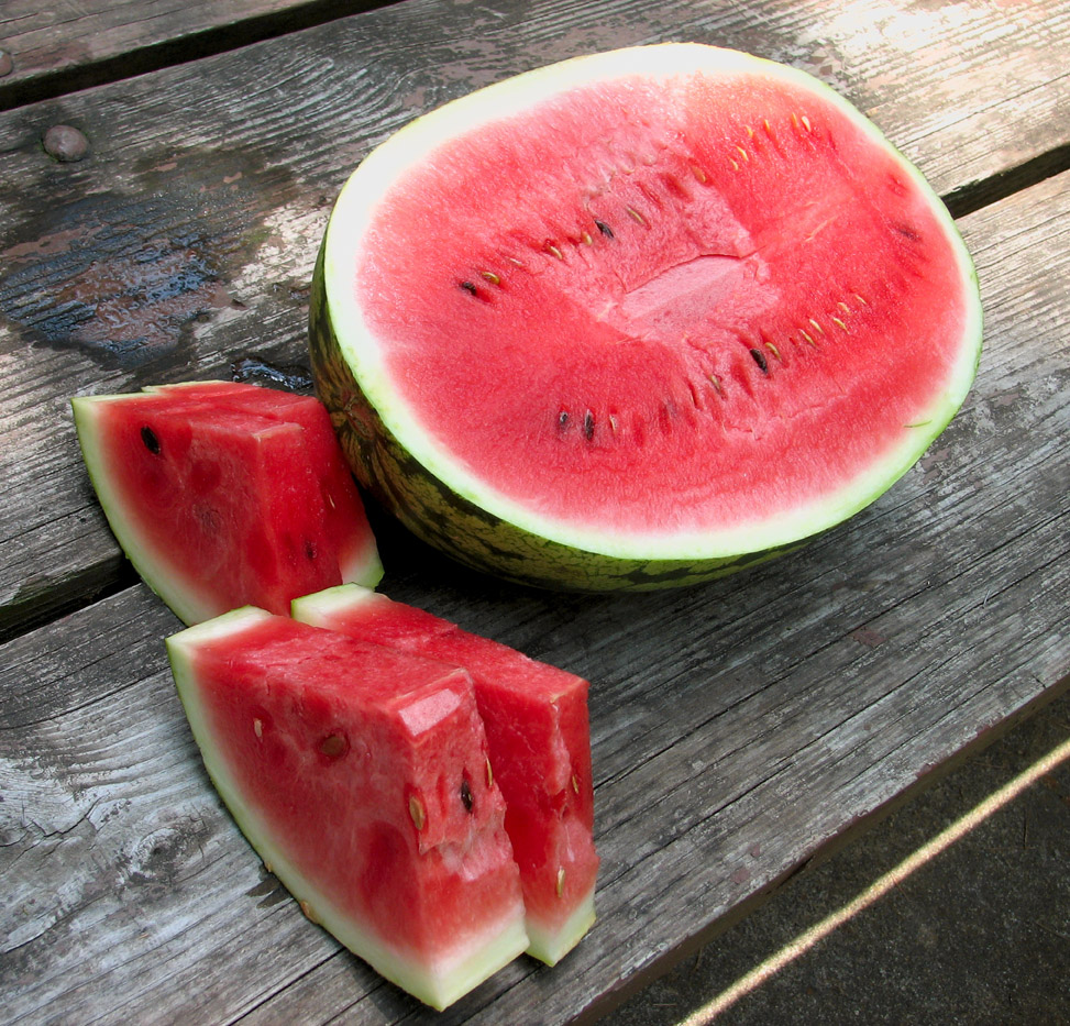 how to tell if watermelon is bad
