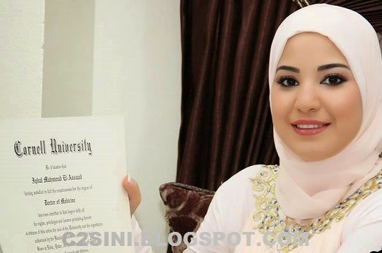 5 Gambar Iqbal El Assaad doktor termuda di dunia yang jelita