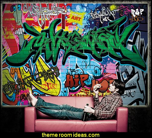 Decorating theme bedrooms maries manor urban for Cool mural wallpaper