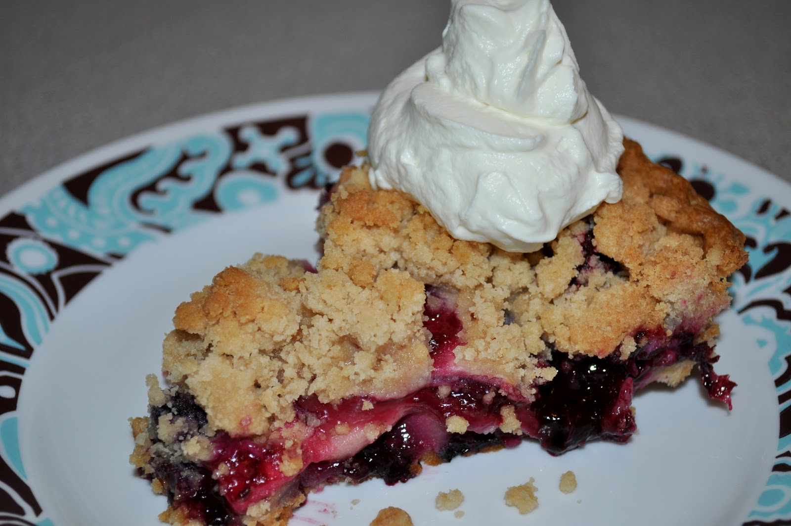 Pocket Full Of Buttons: Apple Blueberry Pie Recipe