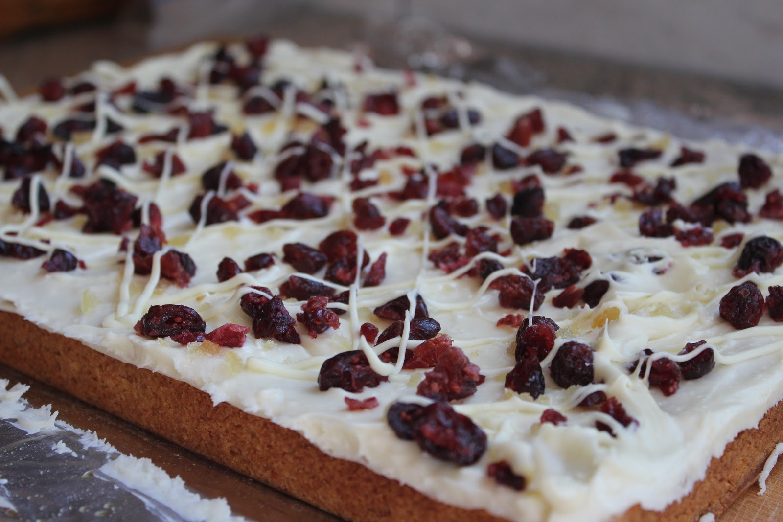 Delicious Dishings: Cranberry Bliss Bars