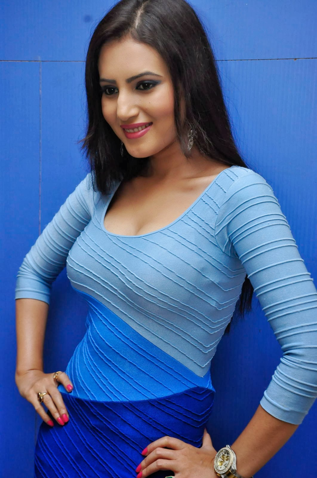 Anu Smruthi New Hot Stills Spicy Photoshoot Shiner Photos