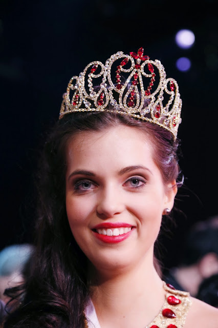 Miss Prestige Nationale 2014, National, Beauty, France, Pays de Savoie, France, Winner, Won, Crown, Showbiz, Marie-Laure Cornu, Queen, Paris,