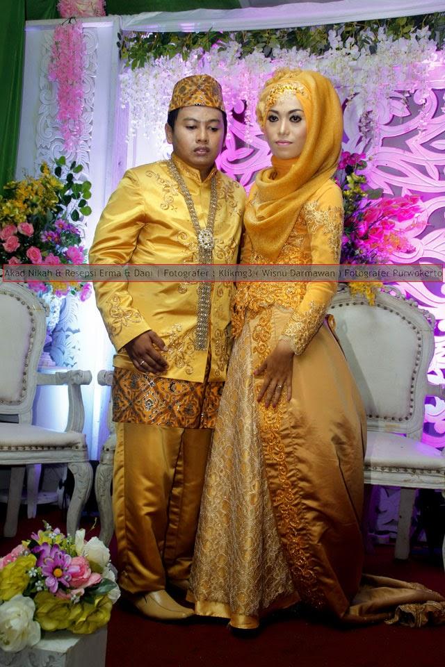 Akad Nikah & Resepsi : Erma & Dani || Fotografer : Klikmg3 ( Wisnu Darmawan ) Fotografer Purwokerto