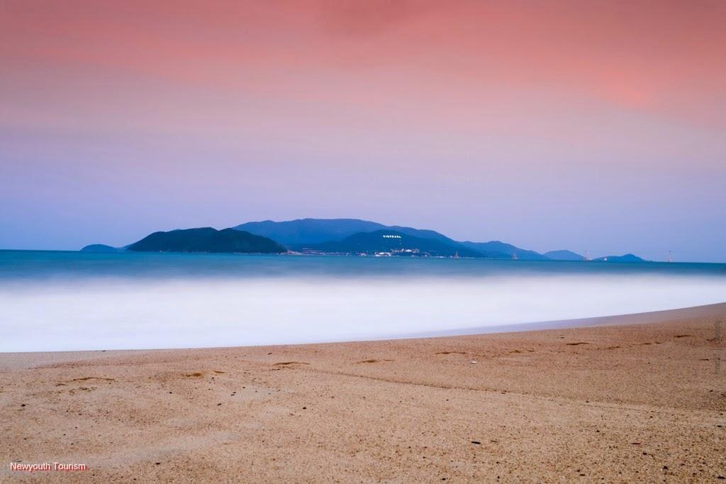 nha trang beach Sunrise nha trang beach hotel & spa, nha trang read 1327 user reviews and  find great holiday deals for sunrise nha trang beach hotel & spa, nha trang,.