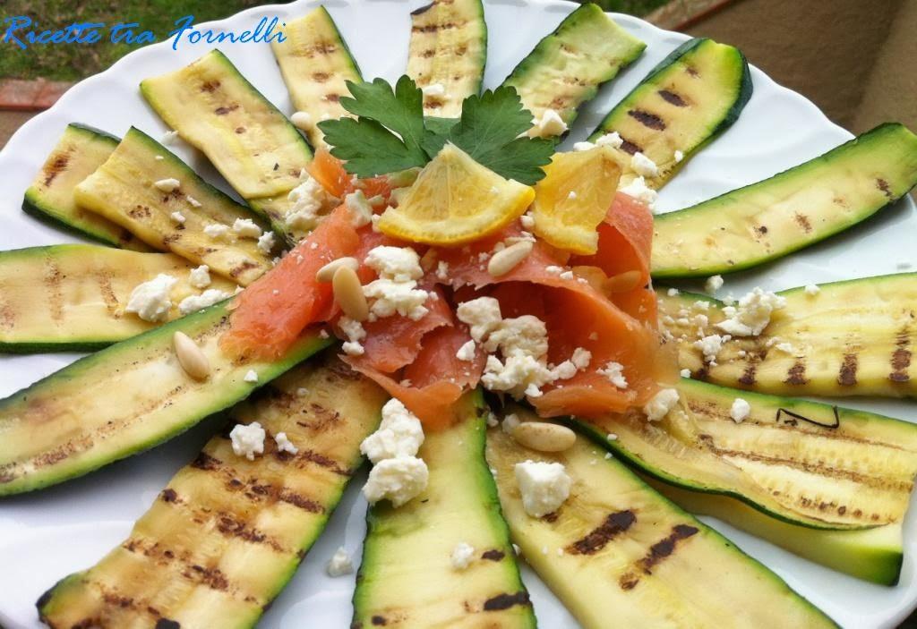 Pranzo Freddo Ufficio : Ricette tra i fornelli: salmone in insalata zucchine feta e pinoli