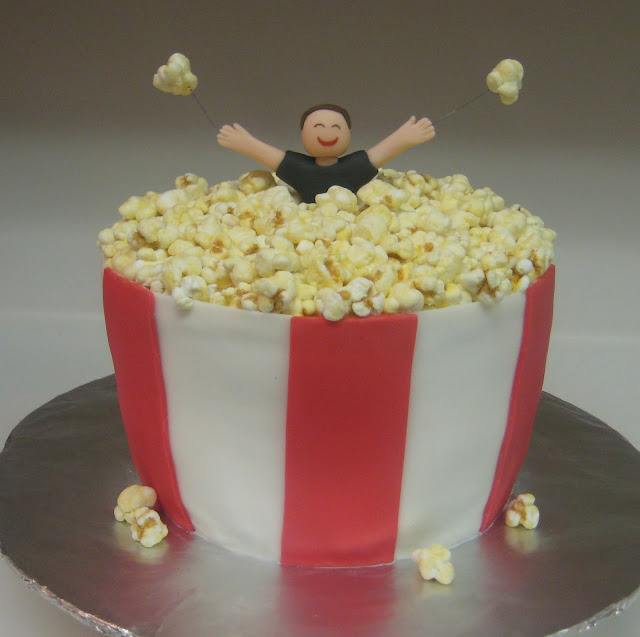 3D Giant Bucket of Popcorn Cake