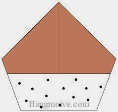 Bước 7: Vẽ chấm đen để hoàn thành cách xếp hạt dẻ bằng giấy origami đơn giản.
